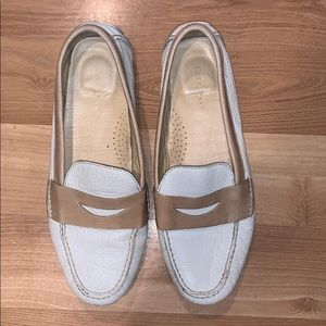 Cole Haan nike air  loafers off white size 9.5